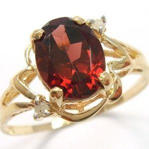 10KT YELLOW GOLD GARNET & DIAMOND RING SZ 7